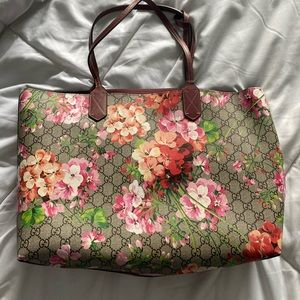 Gucci GG Blooms Medium Reversible Leather Tote